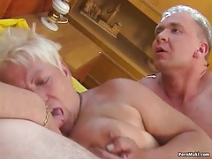 Threesome fucking with chubby granny