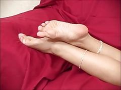 BARE FOOT & GODDESS Gigi