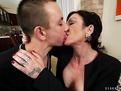 Sperma shot, Omie, Hd, Rijpe lesbienne