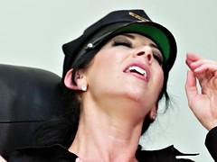 Brunette brune, Actrice du porno