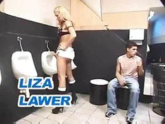 Transsexual 3-way In A Toilet