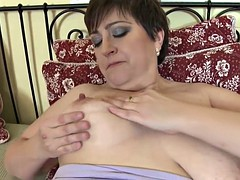 Amateur wife and mom with very thirsty vagina
