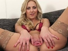 PJGIRLS Macro pussy - Exploration deep inside Nathaly's pussy with speculum