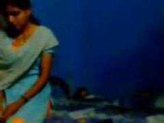 Indian College slut Sweeta Kissing With Her Bf