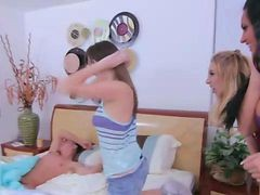 Cfnm Non-pro Femdom Group Gals Give a bj