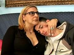 Anal, Mature, Mère que j'aimerais baiser, Jarretelles