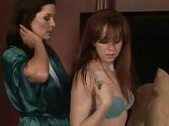 Femme dominatrice, Lesbienne