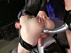Stretching The Sex Slave
