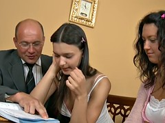 Morena, Estrella porno, Adolescente, Trio