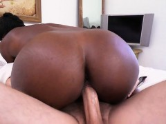 Ebony Chick Simone Styles Gets Her Pussy Stretched