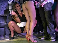 В клубе, Сумасшедшие, Группа, Секс без цензуры, Оргии, Вечеринка, Реалити