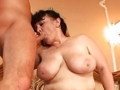Shaggy Old maid tries threesome