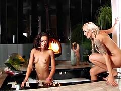 Squirting MILF Nina Elle and hot ebony girl Skin Diamond