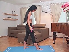 Yoga gal ready for her erotic session
