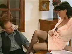 Elodie Cherie - stocking get down and dirty