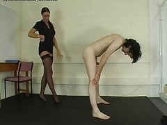 Ballbusting World Severe Brune Dom