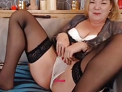 Webcam mature 02