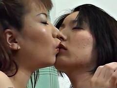 Nao Hazuki fucks herself with vibrator