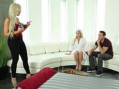 Blonde, Européenne, 2 femmes 1 homme, Allemand, Groupe, Massage, Tatouage, Plan cul à trois