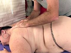 Belle grosse femme bgf, Gros seins, Hard, Massage, Mature, Huilée, Jouets, Vibromasseur