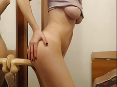 girl playing with mirror-dildo on sexowebcam.online