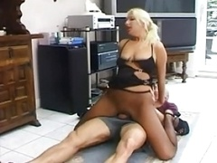 Broads in Nylon Pantyhose Stockings gets fucked 2
