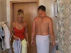 Salle de bains, Blonde, Tir de sperme, Européenne, Faciale, Hard, Femme au foyer, Mère que j'aimerais baiser