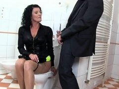 Shocked bombshell in lingerie is geeting pissed on and pound