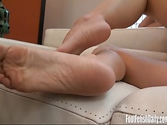 Alina shows off her sexy soles and tight snatch