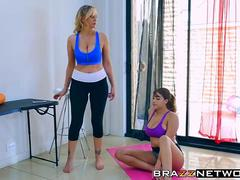 Julia Ann helps Charles Dera to fuck the hot Cassidy Banks