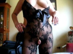 squirtys enormously immense cameltoe