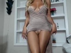 Beautiful blondes, naked blonde-haired babes on video