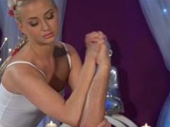 Masseuse Cayla Lyons Enjoys Stroking Long Rod