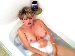 Non-pro Wife swallow cum