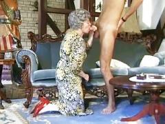 Немки, Бабушки, Волосатые