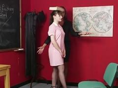 Одетые девушки голые парни, Женское доминирование, Учитель
