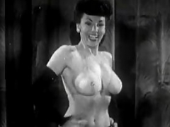 Beautiful Stripper Gives a Hot Striptease (1950s Vintage)