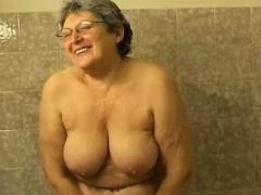 ぽっちゃり, お婆さん, オナニー, シャワー, おもちゃ