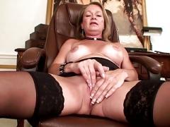 Porno makes this mom wet!