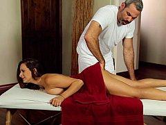 Amerikanisch, Vollbusig, Massage, Natürlich, Natürlichen titten, Muschi, Jungendliche (18+), Titten