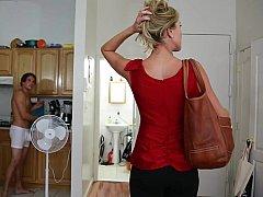 Catégorie - Femme au foyer