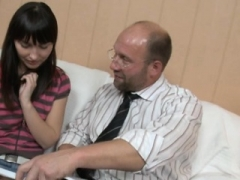 Darling opens her bawdy cleft for teacher's hard drilling