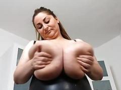 Alice85JJ latex breasts