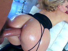 A gonzo video is showing a hot blonde woman that has a sexy ass