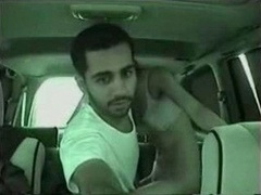 Arab Slut Fucked In The Car