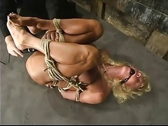 Utah Smoking hot in bondage