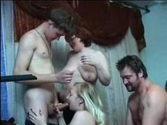 Familie, Gruppe, Orgie