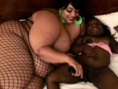 Ebony midget gets pleased by plump black lez