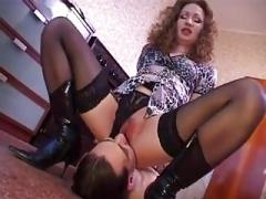 Weibliche domination, Russisch