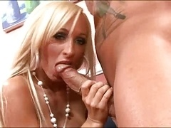 Super Hot Mom i`d like to fuck Lichelle Marie 4